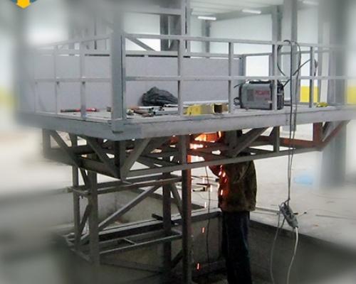 Монтаж и демонтаж грузовых подъемников